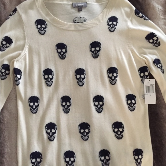 NWT Women's Neiman Marcus Skull Sweater sz Large